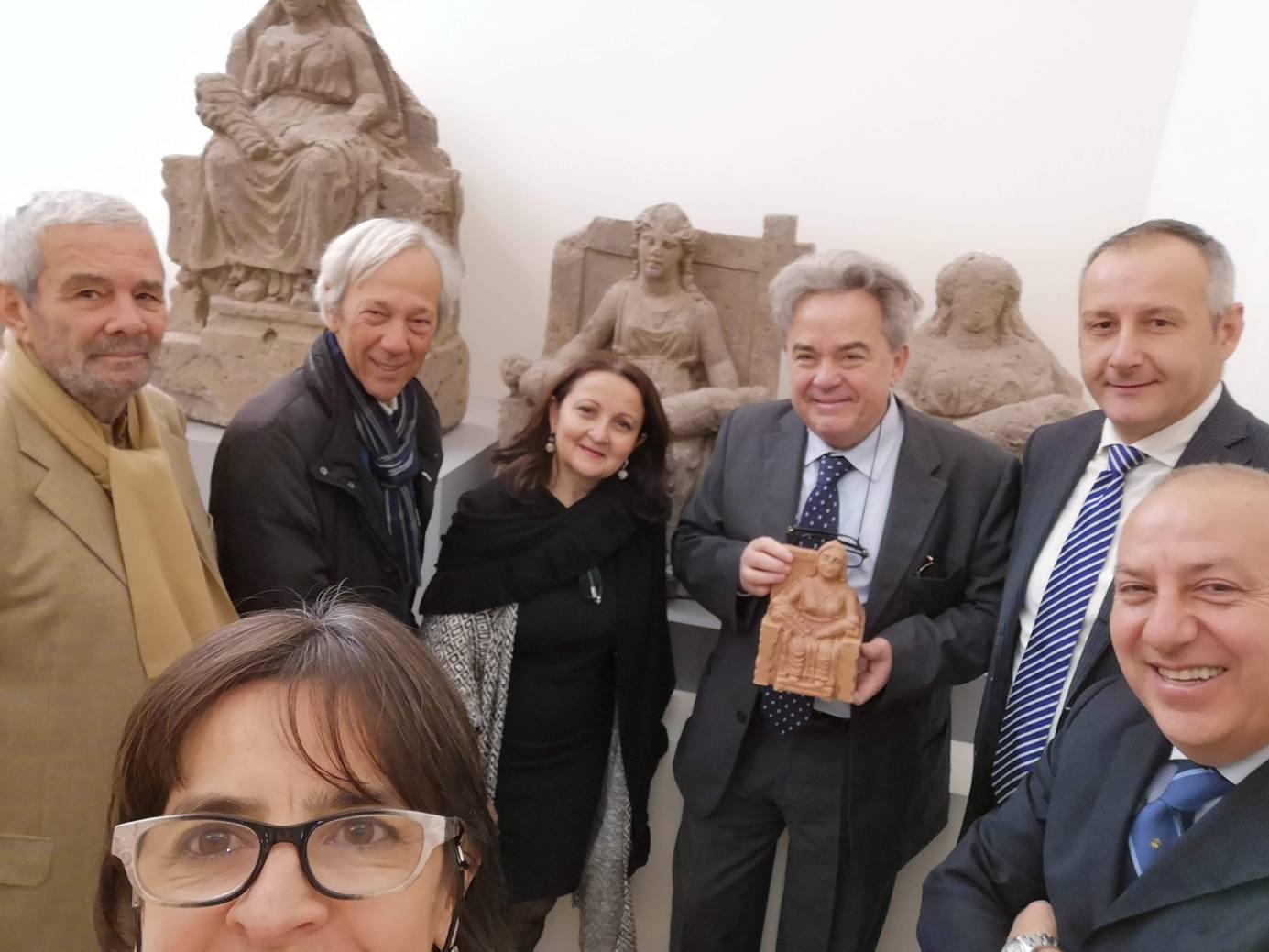 Mauro Felicori al museo Campano adotta una Mater Matuta
