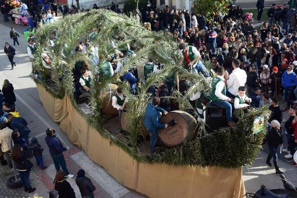 Battuglia di Pastellessa su un carro di Sant'Antuono